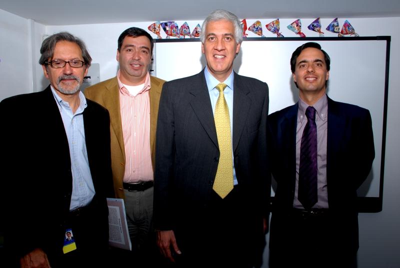 Ariel Pontón CEO Telefónica Movistar; Julián Medina Presidente de Telefónica Telecom; Samuel Moreno Rojas Alcalde Mayor de Bogotá; Alfonso Gómez Palacio Presidente Ejecutivo del grupo Telefónica Colombia