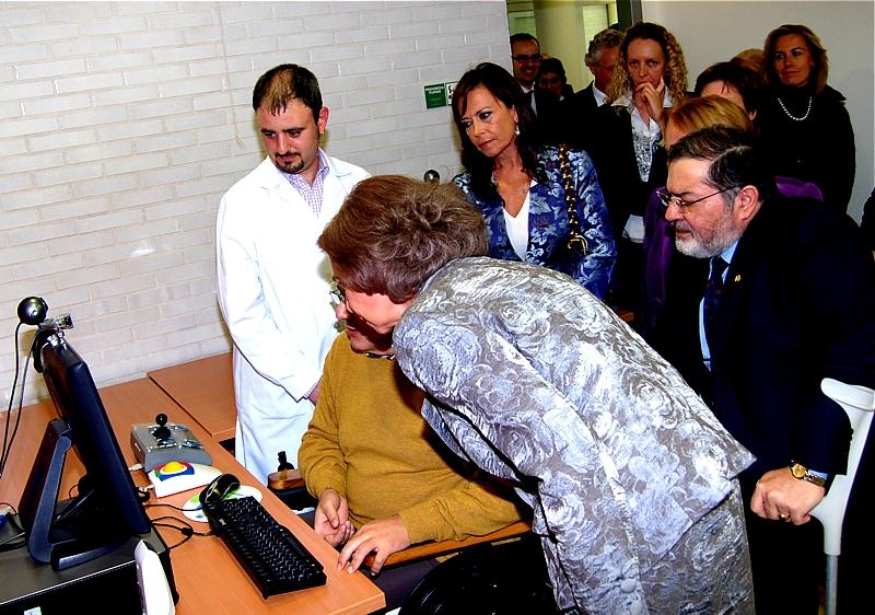 El proyecto Retadis, enmarcado en el Plan Avanza, ha implantado una red de centros equipados con tecnología adaptada para personas con discapacidad en las 17 Comunidades Autónomas y en las dos ciudades autónomas de Ceuta y Melilla