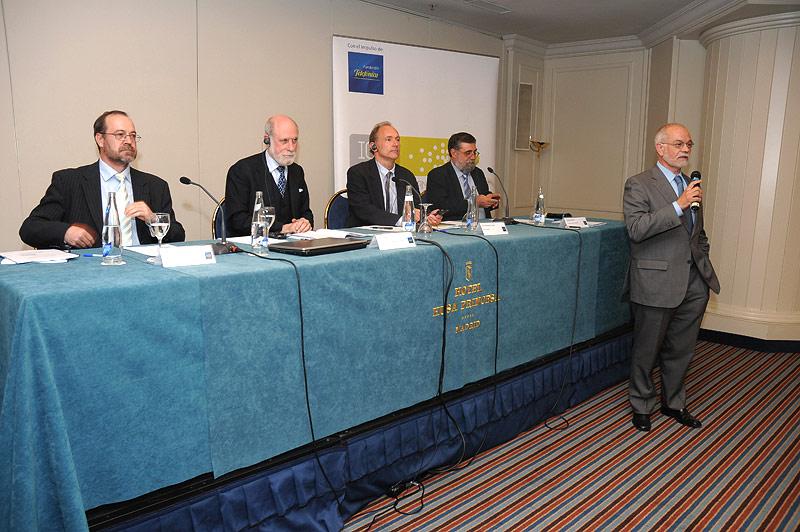 Vinton Cerf y Tim Berners Lee