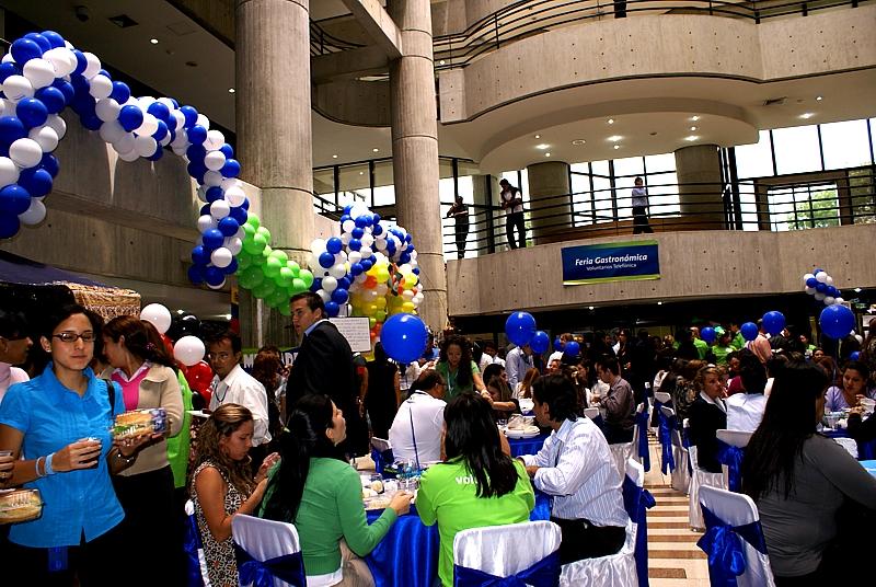 Vista general de la Feria Gastronómica de Voluntarios