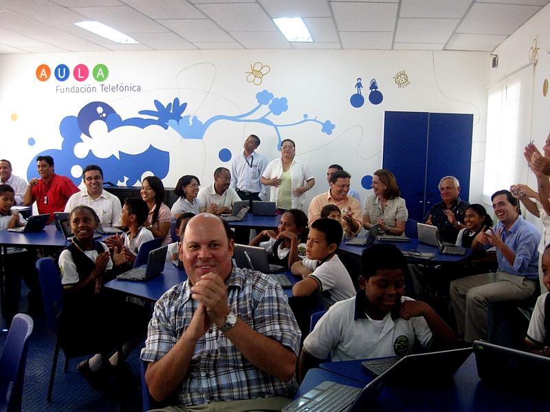 Telefónica inaugura nueva Aula digital en Cartagena