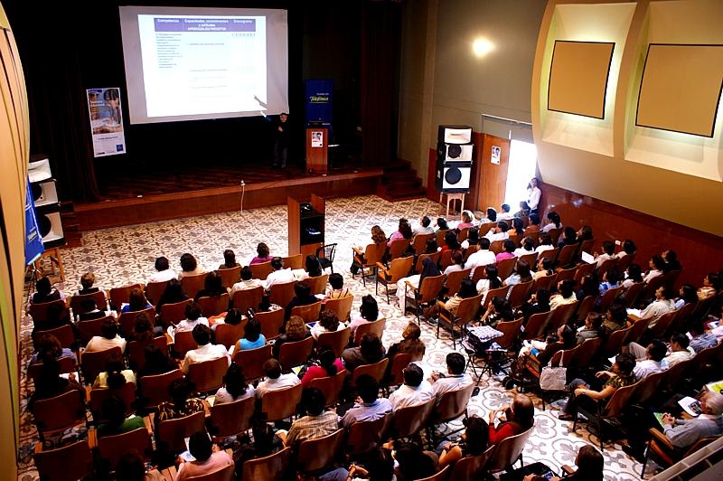 Fundación Telefónica y Ministerio de Educación Peruano capacitaron a más de 300 docentes chiclayanos