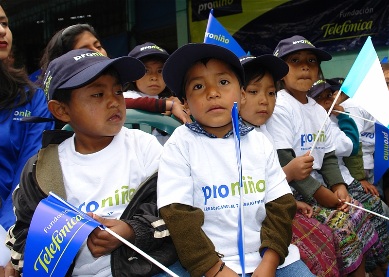 Fundación Telefónica celebra en Colombia el Día Mundial contra el trabajo infantil
