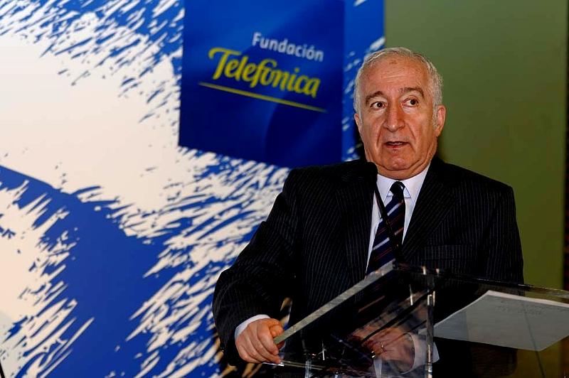 Bernardo Kliksberg durante un momento de su intervención