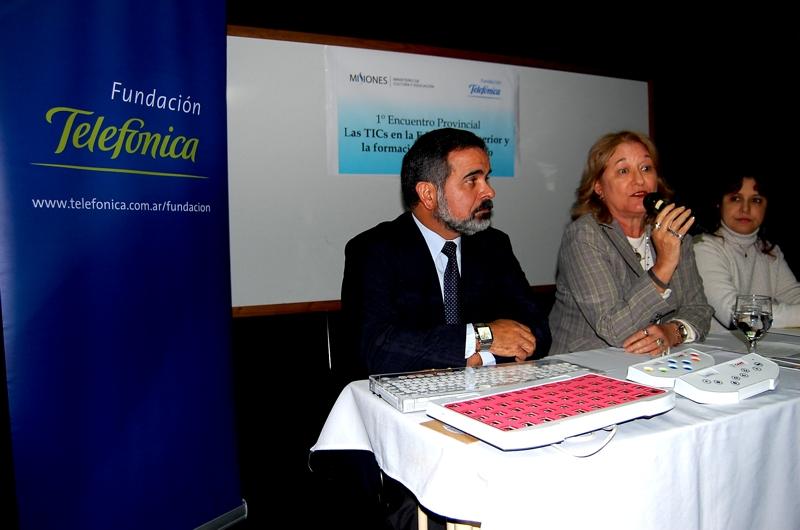 La apertura de las jornadas estuvo a cargo de María Estela Derna, subsecretaria de Educación de la provincia; y Jorge Leiva, gerente del programa Educación y Nuevas Tecnologías de Fundación Telefónica
