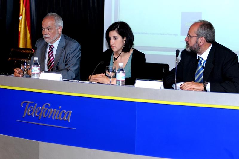 En la conferencia, inaugurada por Javier Nadal, Vicepresidente Ejecutivo de Fundación Telefónica, también ha participado Alfonso Alonso, Director de Transformación de Telefónica.