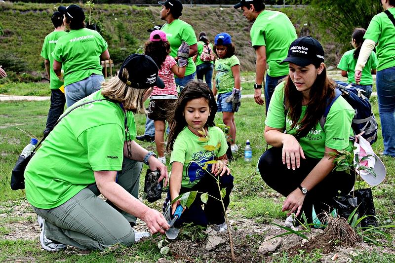 La Fundación y sus voluntarios llevan a cabo múltiples actividades a favor del medioambiente en Venezuela