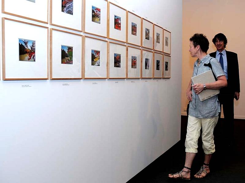 Laurie Anderson visitó la Sala de Exposicónes de Fundación Telefónica, tras la entrega del galardón.