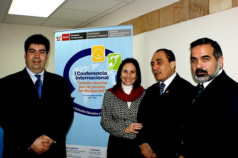 Fundación Telefónica presentó la conferencia magistral