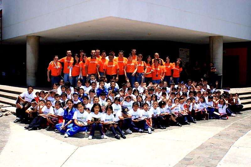 Con el apoyo de los colaboradores de Telefónica, 105 niños tuvieron la oportunidad de gozar de las atracciones que ofrece el museo