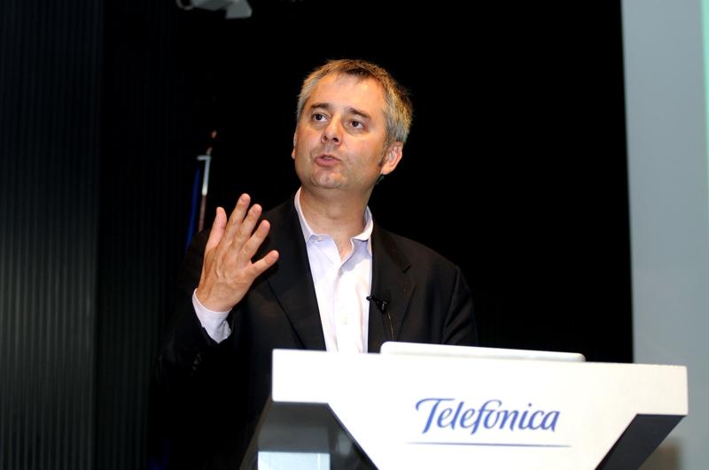 El físico rumano, Albert-László Barabási, experto en teoría de redes y autor de Linked ha intervenido en el ciclo de conferencias  Los Debates Abiertos de Fundación Telefónica