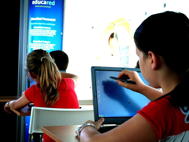 Fundación Telefónica ofrece nuevos cursos gratuitos para docentes a través de su portal de Educación, educared.net
