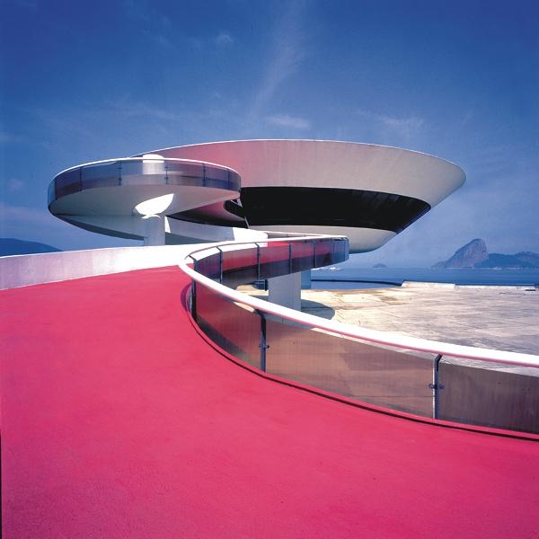 Museu de Arte Contemporânea da Prefeitura de Niterói – RJ – Brasil