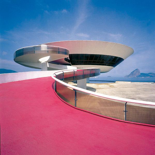 Museu de Arte Contemporânea da Prefeitura de Niterói – RJ – Brasil. Foto Michel Moch.
