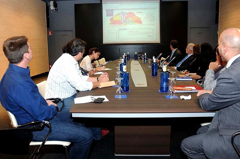 Un momento de la rueda de prensa convocada por el area de Debate y Conocimiento de Fundación Telefónica