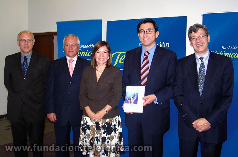 """Presentación del libro de Dr. Raúl Katz """"El papel de las TIC en el desarrollo: Propuesta de América Latina a los retos económicos actuales"""""""