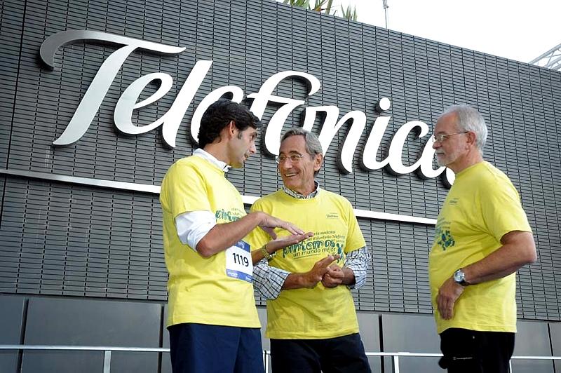 De izda. a dcha., Jose María Álvarez-Pallete, Presidente de Telefónica Latinoamérica; Julio Linares, Consejero Delegado de Telefónica y Javier Nadal, Vicepresidente Ejecutivo de Fundación Telefónica.