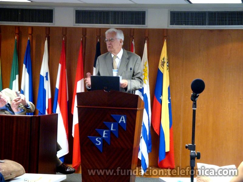 El Doctor Francisco Kerdel Vegas, individuo de número de la Academia de Medicina