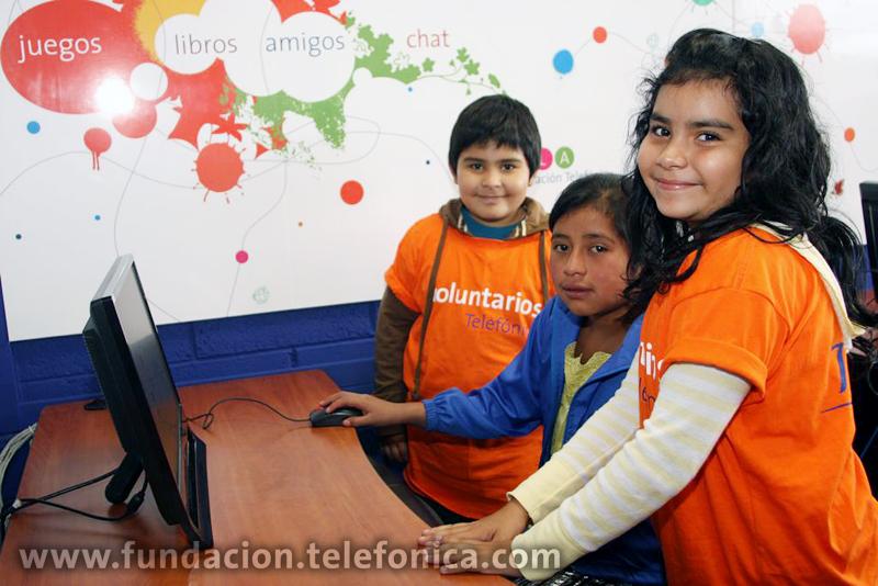Telefónica lleva a cabo este tipo de actividades con el objetivo de combatir el trabajo infantil.