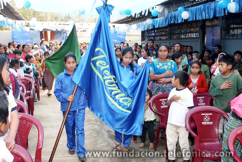 La inauguración se efectuó en el marco del programa Proniño de la Fundación Telefónica, el cual lucha contra la explotación laboral infantil a través de una escolarización de calidad.