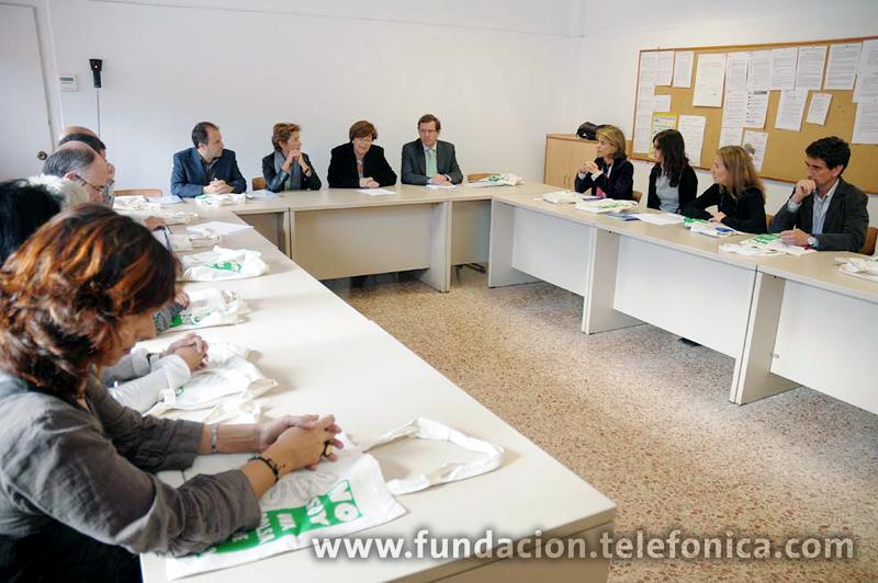 La Viceconsejera de Educación de la Comunidad de Madrid visitó el Colegio Montserrat, uno de los Centros Modelo de EducaRed