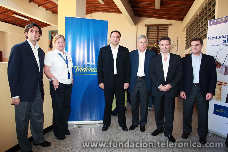 Se inauguran nueve aulas Fundación Telefónica en escuelas Proniño