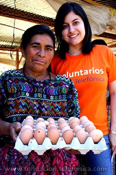 Actualmente, Fundación Telefónica ha otorgado a las madres los materiales y los cursos necesarios para que pronto puedan comenzar a producir