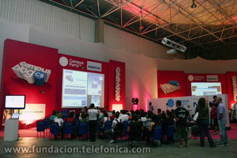 Fundación Telefónica impulsa debates con fines educativos en la Campus Party