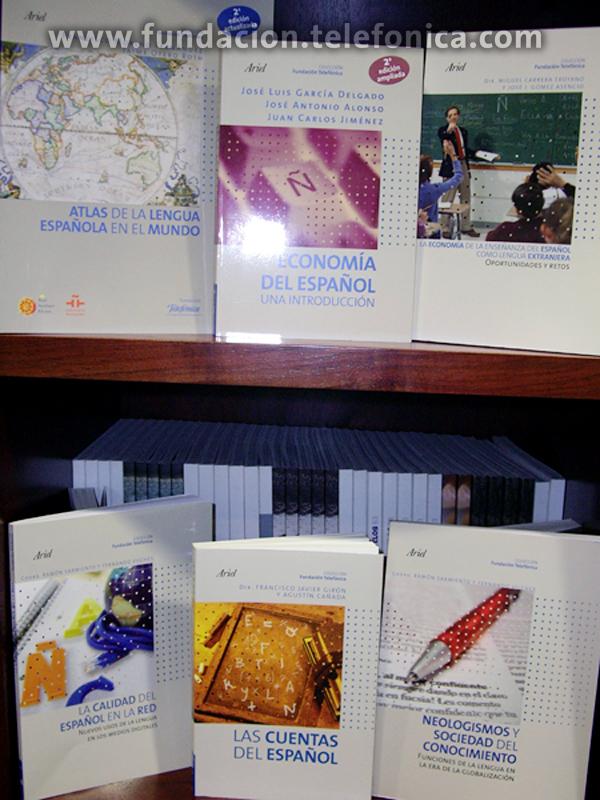 Fundación Telefónica celebra la publicación de los primeros 35 libros de Debate y Conocimiento con el obsequio de cinco libros.