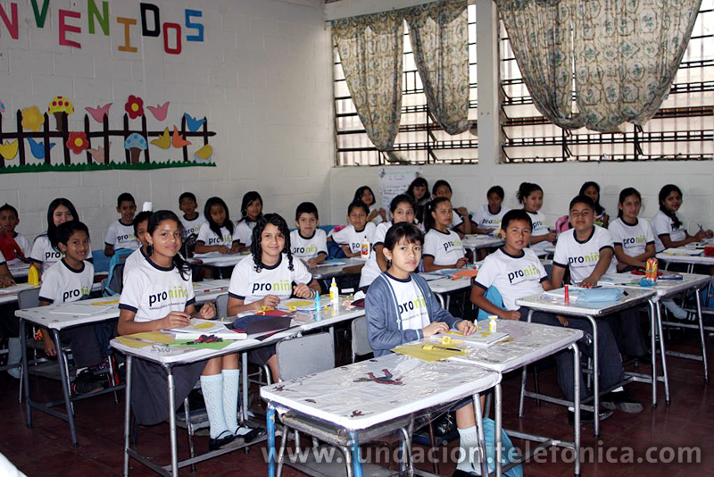 En el 2010 Fundación Telefónica invertirá en Guatemala US$ 4 millones de dólares para apoyar la erradicación del trabajo infantil