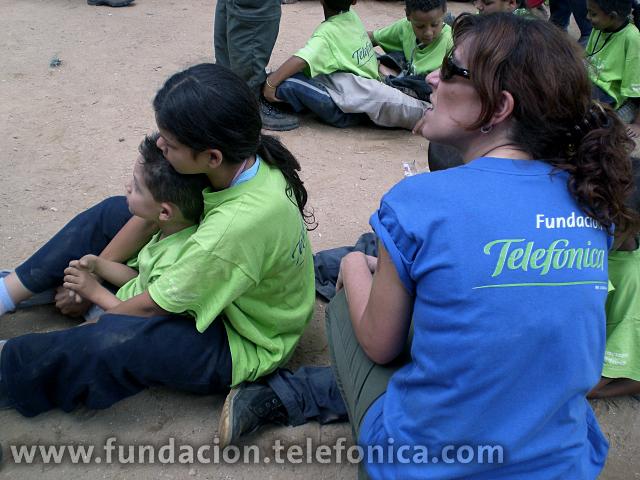 Las actividades que los voluntarios desarrollan tienen como objetivo prioritario el acceso al conocimiento de los colectivos beneficiados.