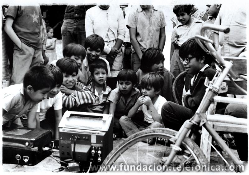 Entre 1976 y 1977 realiza la serie  VIDEO TRANS AMERICAS que le lleva a convivir durante un año con diferentes culturas indígenas en todo el continente americano. El resultado de dicha convivencia va a ser una serie de videos de incuestionable valor para la historia de la video-creación y la antropología visual.  También realiza un gran número de fotografías, así como una serie de dibujos  bajo el título de Meditaciones.