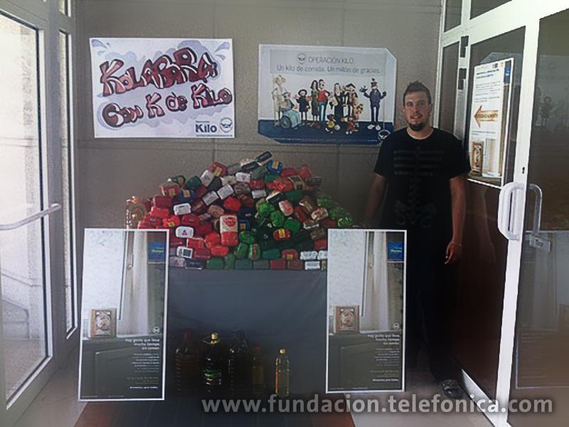 """Bajo el lema """"Alimentos para todos"""", y en colaboración con FESBAL (Federación Española de Bancos de Alimentos) los Voluntarios han movilizado a empleados de 38 edificios de Telefónica en España."""