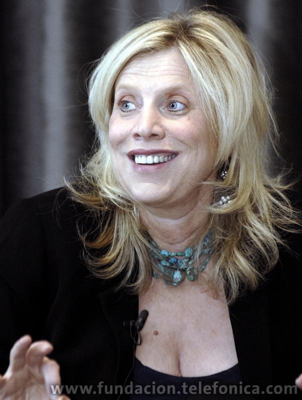 La conferenciante, Marian Salzman.
