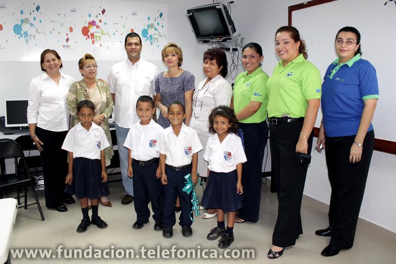 Inauguran Aula Fundación Telefónica en Chiriquí.