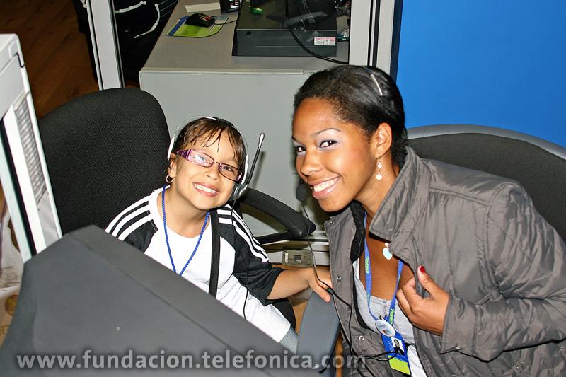 """Voluntarios Telefónica inicia el programa """"Conoce a Telefónica"""", dirigido a niños y niñas en tratamiento cardiológico y oncológico."""