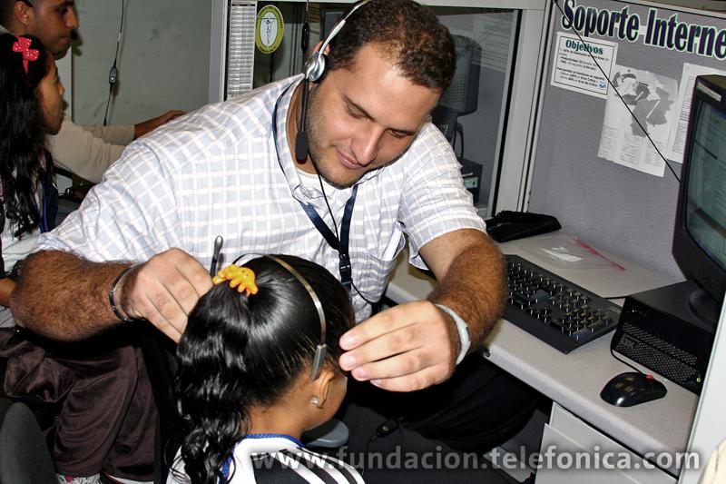 Durante el recorrido por la sede principal de Telefónica Venezuela en la ciudad de Caracas, tuvieron la oportunidad de conocer el Call Center, el área de Servicio Técnico, el Centro de Servicio, el área de Mercadeo, también de Comunicaciones y Fundación Telefónica y hasta la Presidencia de la compañía.