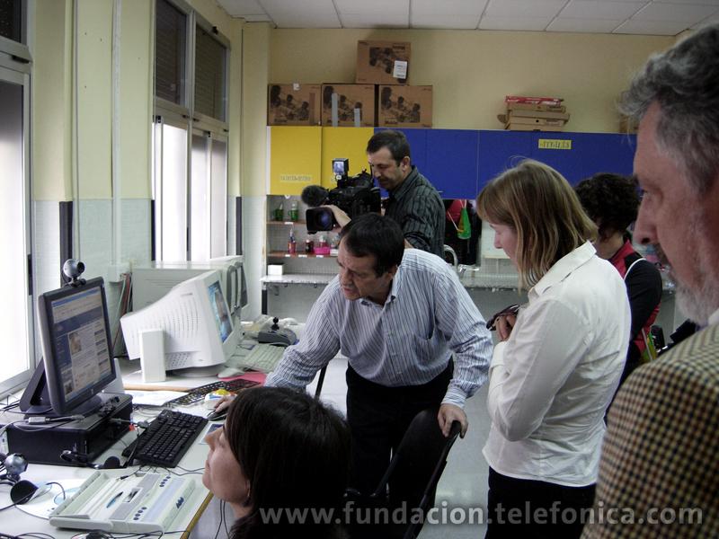 Dos equipos de Retadis en el centro Avapace de adultos con parálisis cerebral.