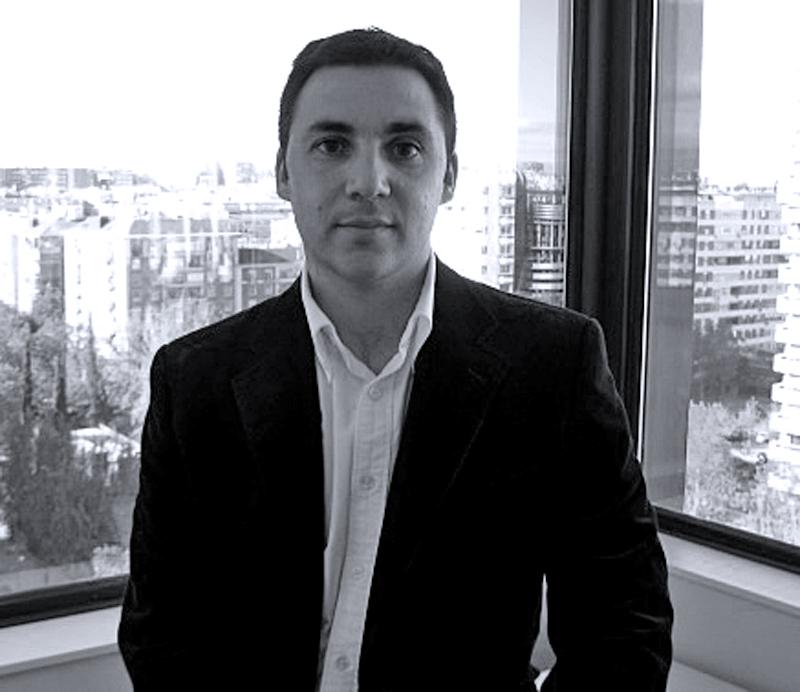 Ismael El-Qudsi Saugar Trabaja en Havas Digital (MediaContacts) como Head of New Media (SEO, Redes Sociales, Blogs, Innovación…).