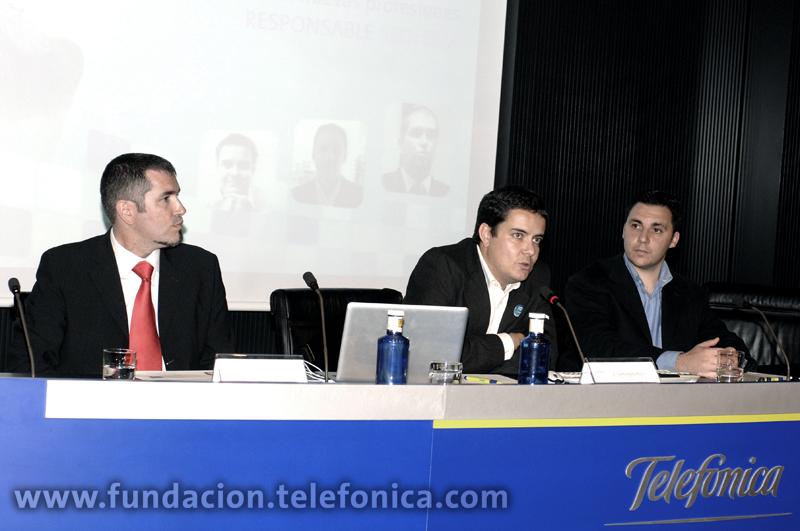 De ida a dcha: El auditor SEO y consultor de posicionamiento en Internet, Fernando Muñoz; el socio director de Estrategia y Operaciones de Territorio Creativo, Fernando Polo; y el responsable SEM y Head of New Media de Havas Digital, Ismael El-Qudsi Saugar.