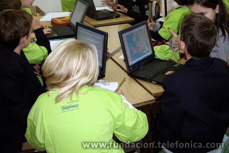 El CEIP San Félix de Candás, Centro Modelo EducaRed de Fundación Telefónica, organiza unas jornadas dedicadas a las Tic en la educación