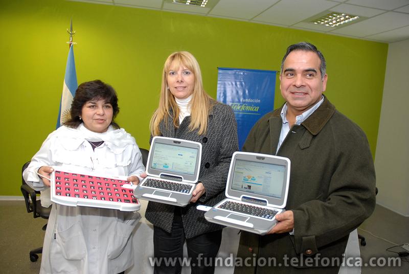 Fundación Telefónica dona equipos informáticos y capacita a docentes de educación especial de San Juan