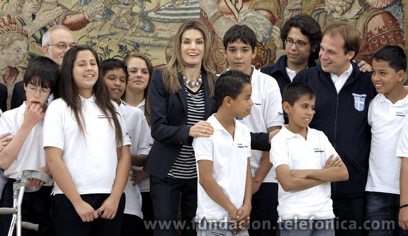 """S.A.R LA Princesa de Asturias recibe a los niños y niñas latinoamericanos ganadores del certamen de periodismo digital """"Hoy Escolar"""""""