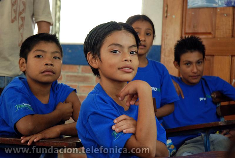 En el marco del día mundial en contra del trabajo infantil, el programa Proniño de Fundación Telefónica impulsa un mensaje para contribuir a la erradicación del trabajo infantil a través de la educación.