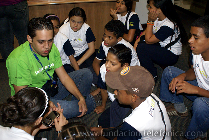 Fundación Telefónica conmemoró la Semana Mundial contra el trabajo infantil con estudiantes de Pronito.