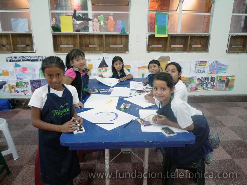Fundación Telefónica invita a Talleres de Arte diseñados para niños beneficiados por el programa Proniño.