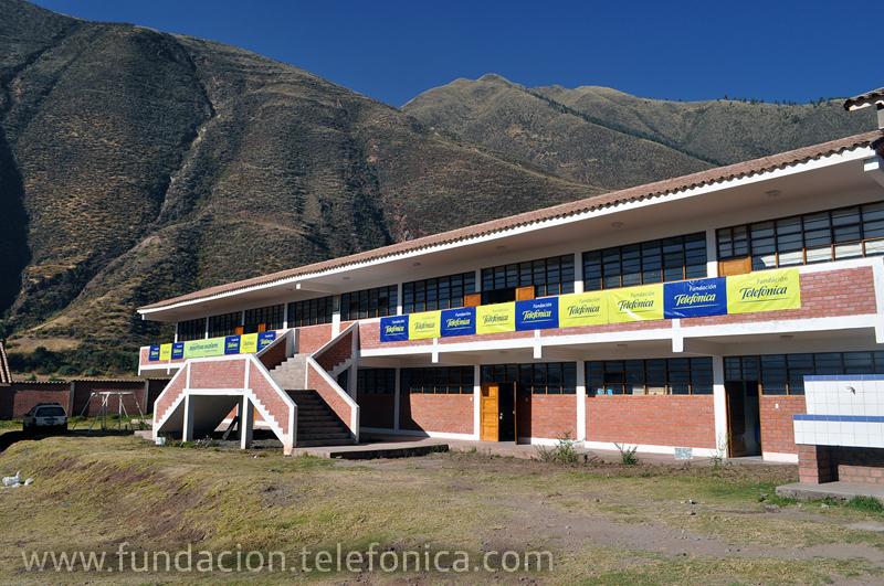 """Alumnos de inicial de la red rural Fe y Alegría 44 en Andahuaylillas participaron en el Festival Deportivo """"Fundación Telefónica"""" con actividades lúdico-educativas."""