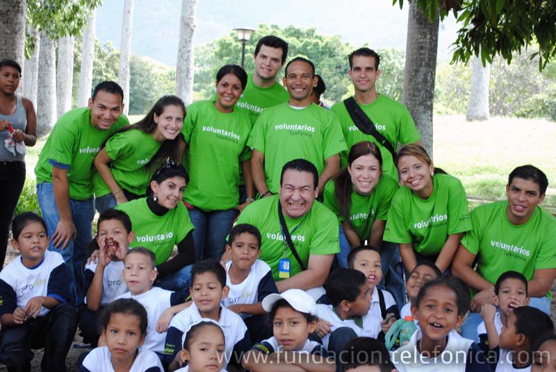 Durante 2009  el programa Proniño en Venezuela se expandió de  6 a 15 regiones, donde se encuentra actualmente presente: Apure, Bolívar, Caracas, Falcón, Nueva Esparta, Sucre, Zulia, Aragua, Anzoátegui, Lara, Miranda, Mérida, Táchira, Portuguesa y Cojedes.  Igual