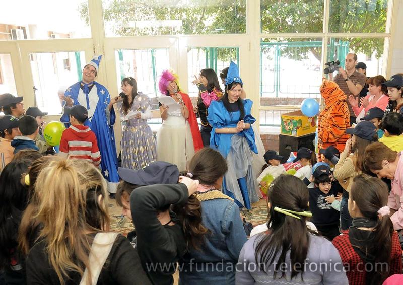 Voluntarios del Grupo Telefónica realizaron una acción recreativa en el Hospital Municipal del Niño de San Justo.