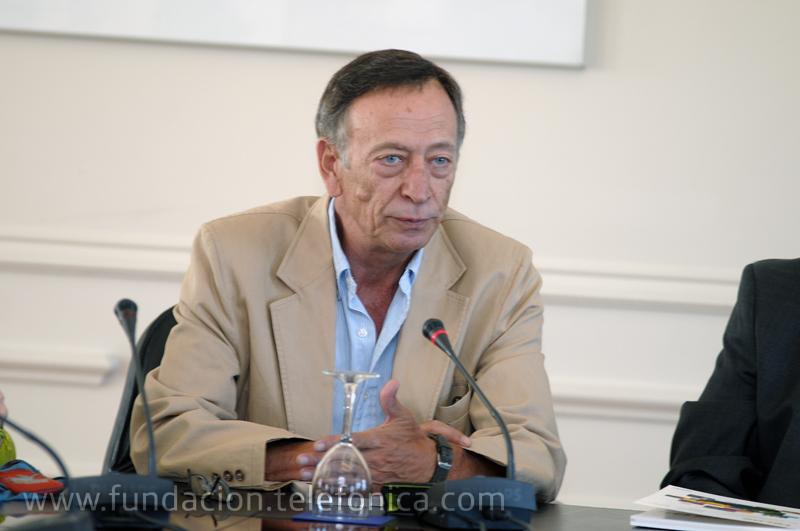 El coordinador de la revista TELOS y catedrático de Comunicación audiovisual de la Universidad Complutense, Enrique Bustamante.